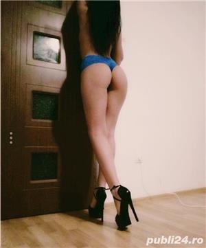 Curve Constanta: Bruneta sexy 100% reala!