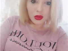 Curve Constanta: Blonda sexy La mine la tine sau la hotel