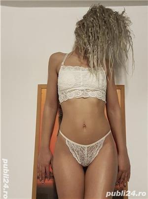Curve Constanta: blonda slim noua in oras ma deplasez si la hotel