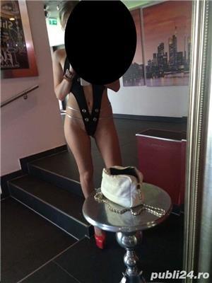 Curve Constanta: Blonda Deplasari la HOTEL