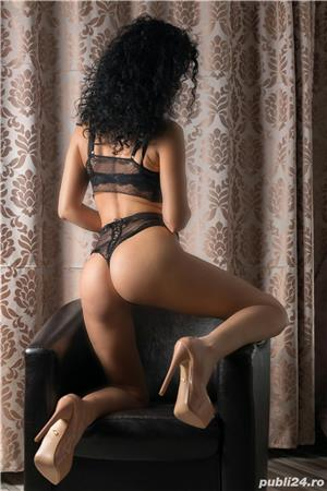 Curve Constanta: escorta de lux non stop